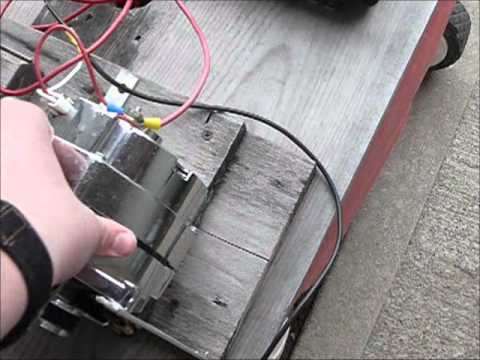 Self sustaining generator