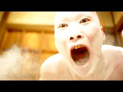 恐怖!人間を襲う、白い男! 隙間男 Stalking Vampire 2