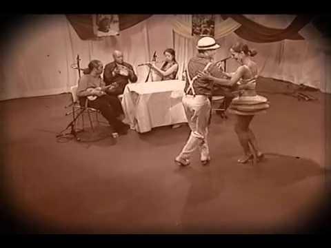 """""""Escorregando""""  de Ernesto Nazareth - Choro Quartet"""