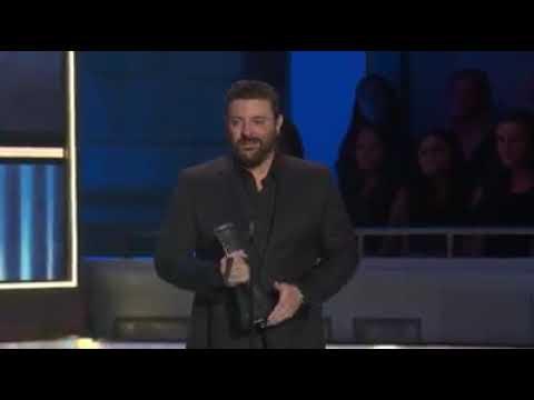 Damon & Cory - Kane Brown breaks down at awards show