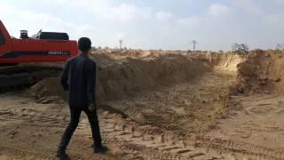 قناة السويس الجديدة : فيديومحمد القصلى صاحب اول موقع ظهرت فيه المياه