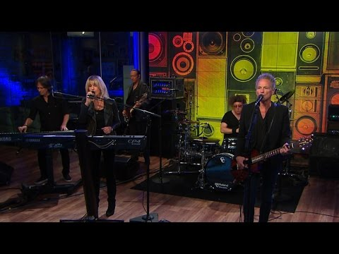"""Saturday Sessions: Lindsey Buckingham and Christine McVie perform """"Feel About You"""""""