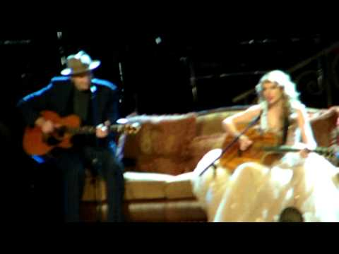 Fire And Rain - James Taylor & Taylor Swift - 11/22/11