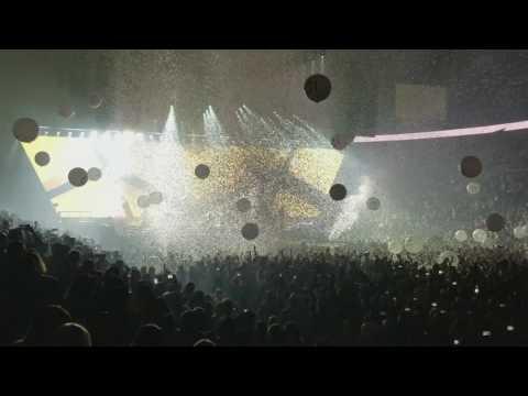 Enrique Iglesias- I like it @ 2017 Concert