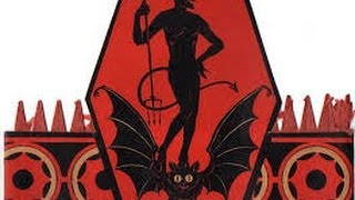 Larry Clinton Orchestra  - The Devil With The Devil 1938 (Halloween Jazz)