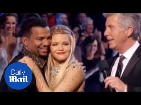 Alfonso Ribeiro Takes Home The Mirror Ball Trophy On DWTS - Daily Mail