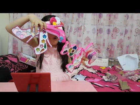 Makyaj Yaptım Barbie Makeup Sets Toys Fun kid video