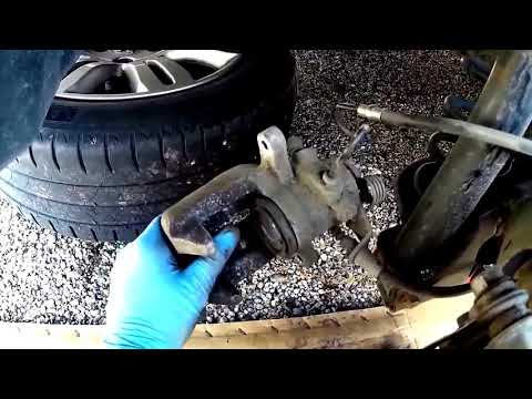 Peugeot 308 How To Replace Rear Brake Pads