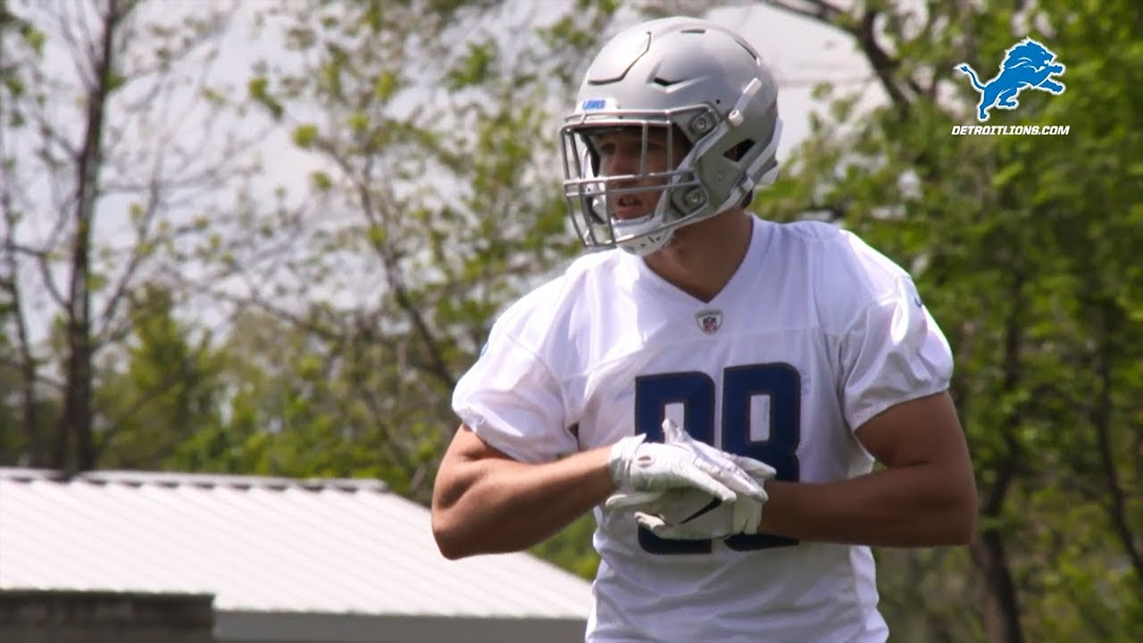 Detroit Lions' TJ Hockenson sets NFL record in debut