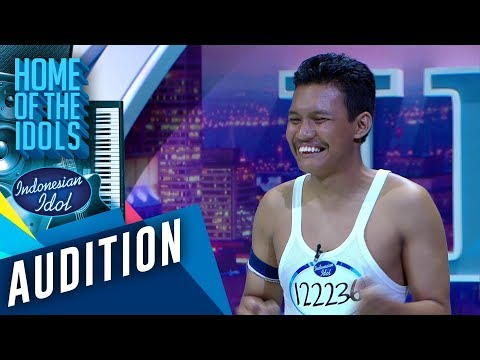 Eeeooo! Freddie Mercury alias Ariep, lagi audisi tapi kedinginan - AUDITION 2 - Indonesian Idol 2020