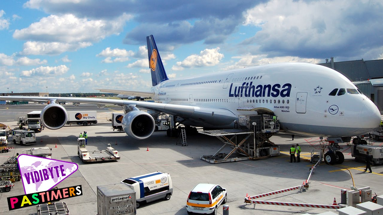What is the largest passenger plane in the world 75