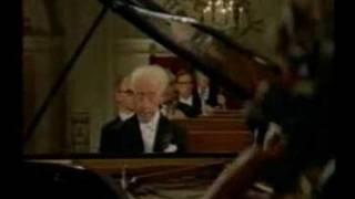 Rubinstein - Brahms, Piano Concerto No.1 - III Rondo (2/2)