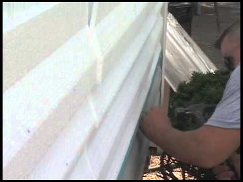 step-4-of-9:-how-to-install-1st-course-of-vinyl-siding-over-fullbackv-insulation