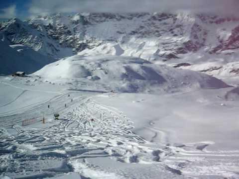 Christopher Peuler - Orgasmic Boulder Jump - Matterhorne, Zermatt - Switzerland