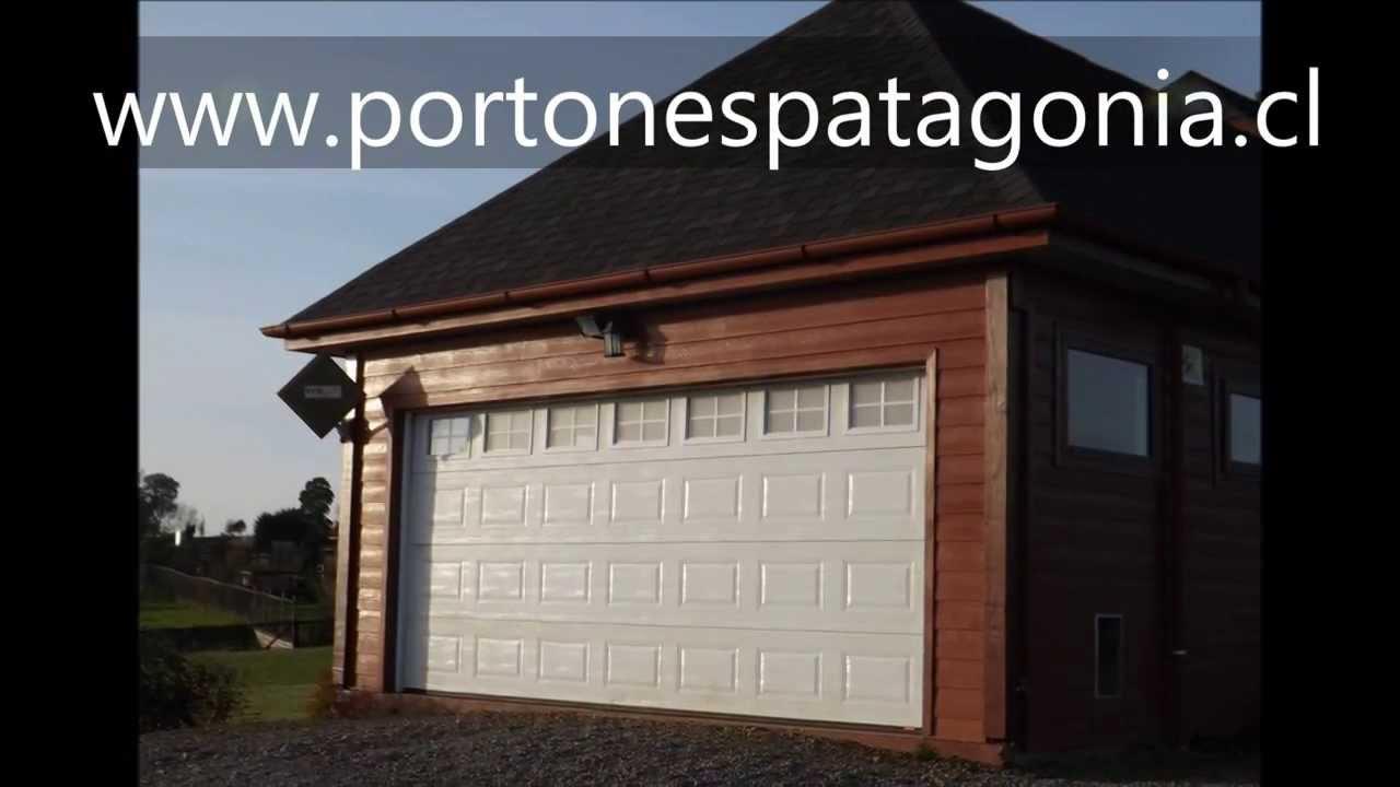 Portones de garaje top puerta garaje de aluminio with for Garajes originales