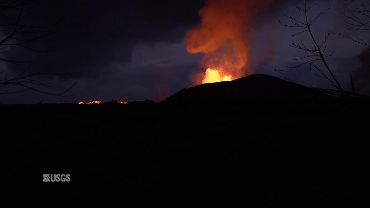 Kīlauea Volcano — Fissure 8 Lava Fountain
