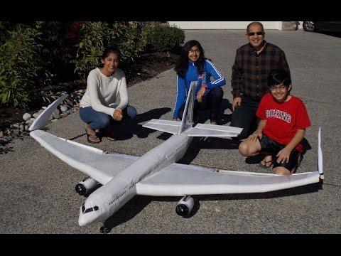 Boeing 777x Model - First Flight - A Family Science Project thumbnail