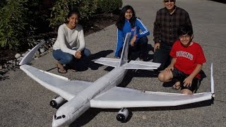 Boeing 777X Model - First Flight - A Family Science Project