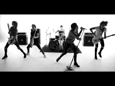Клип Asking Alexandria - The Black