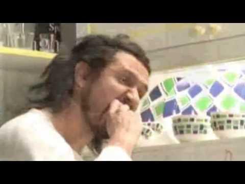 Los Autenticos Decadentes - Me tiro a la basura (video oficial) [HD]