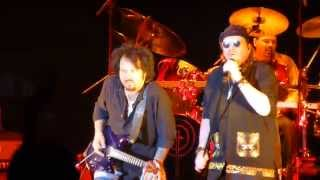 Toto - On The Run, Live in Wroclaw 23.06.2015 [HQ]