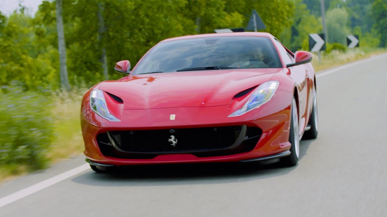 ferrari 812 superfast chris harris drives top gear youtube. Black Bedroom Furniture Sets. Home Design Ideas