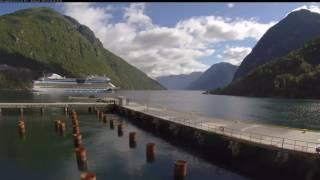 Geirangerfjord蓋朗厄爾峽灣Hellesylt碼頭
