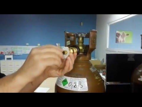 Botella de helio poner el adaptador de inflado youtube - Botella de helio barata ...