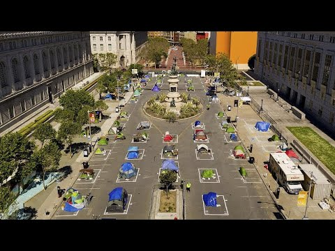 Covid-19: San Francisco'da şehrin ortasına evsizler için sosyal mesafeli çadır kent kuruldu
