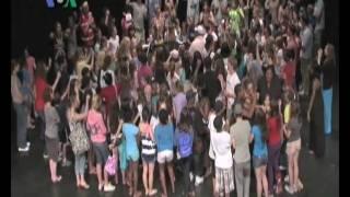 Arena Stage : Gugah Minat Anak Muda Terhadap Seni Teater - Dunia Kita Ep. MLK 20 Januari 2011