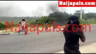 بالفيديو .. ممثل نيجيرى يشعل النيران فى نفسه بسبب فيلمه الجديد
