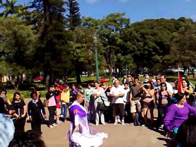 Romería del Rocío na Praça da Liberdade - 2-7-2011.mp4
