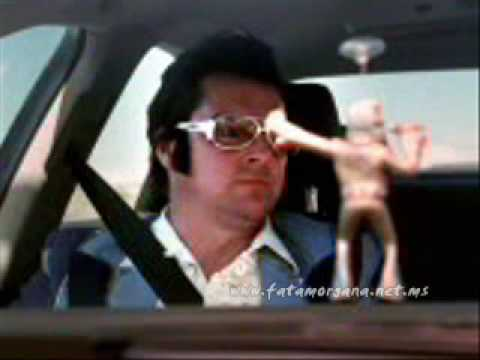 """Audi Wackel-Elvis commercial (2001, German version)"""