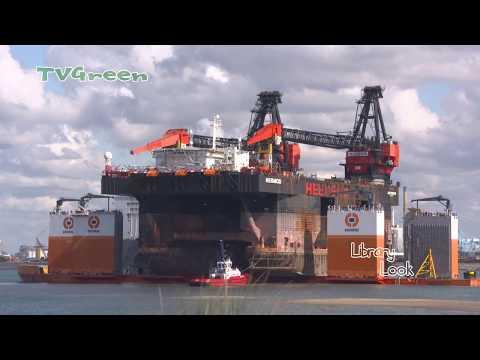 LibraryLook: Port of Rotterdam - Hermod meets Dockwise Vanguard