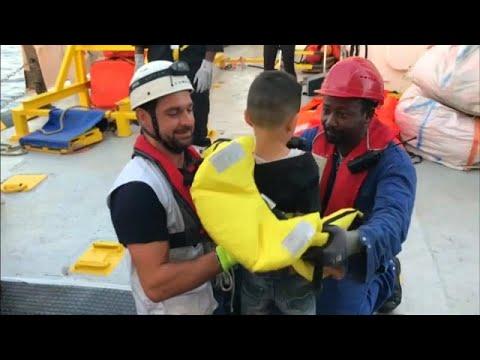 أربع دول أوروبية تسمح باستقبال 58 مهاجراً عالقين على متن -أكواريوس-…  - نشر قبل 9 دقيقة