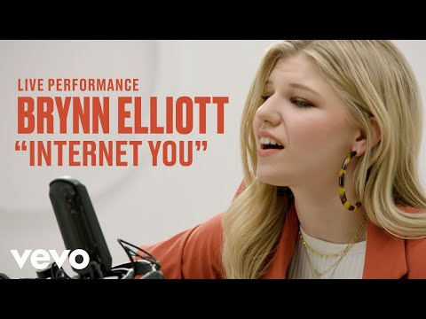 "Brynn Elliott - ""Internet You"" Live Performance 
