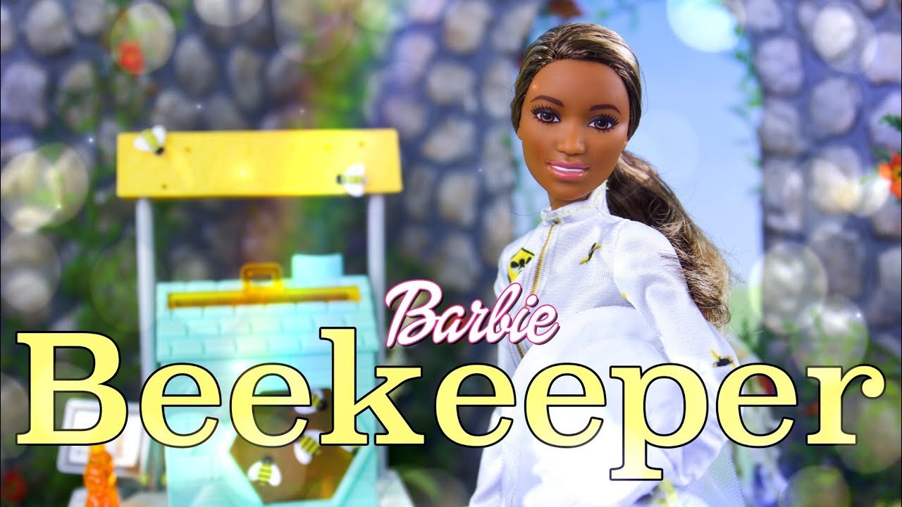 Unbox Daily: Barbie Beekeeper Doll & Play Set Combo