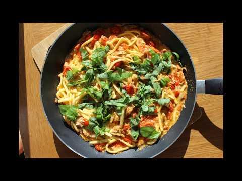Tuna And Fresh Tomato Pasta In 15 Minutes:  Recipe From  Sicily