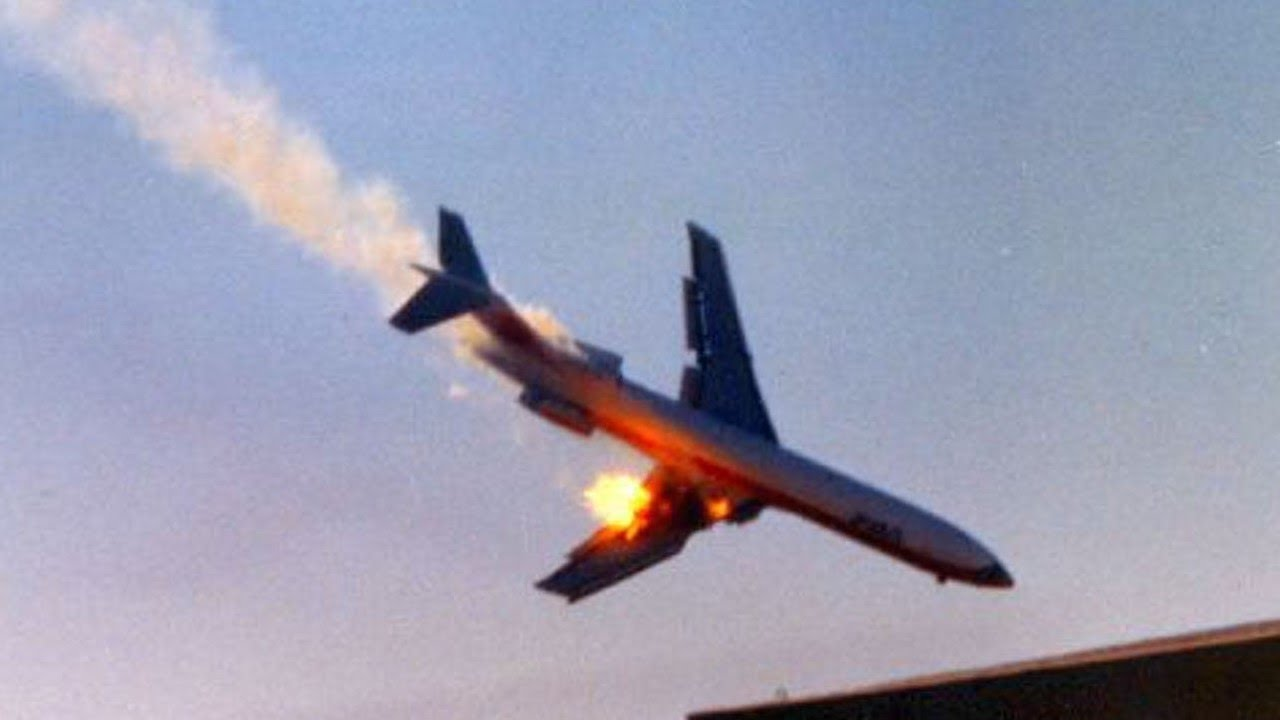 PSA Flight 182 Crash Animation - YouTube
