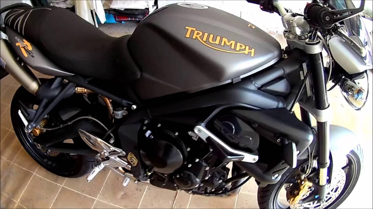 Triumph Street Triple R 2010 Leovince GP style sound - YouTube