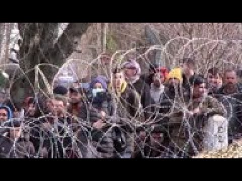 Fences reinforced, patrols upped on Greek border