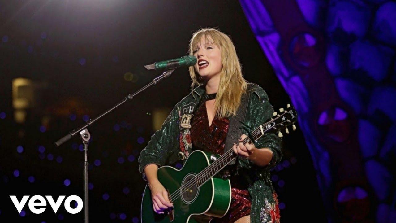Taylor Swift - 22 (Live from reputation Stadium Tour)