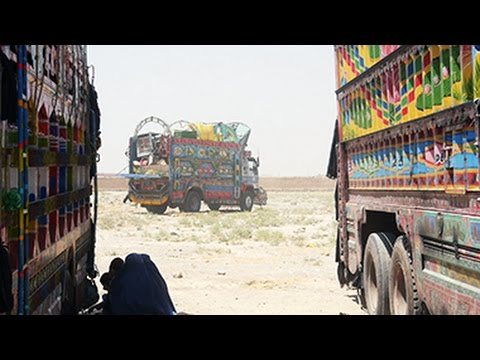 500 Afghan Refugees Return Home From Pakistan Daily: UNHCR