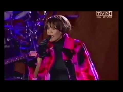 """Performing on percussion with Whitney Houston: """"I Wanna Dance With Somebody"""" (Poland)"""