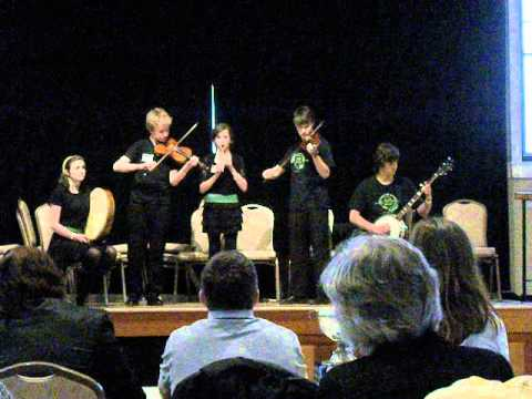 Center for Irish Music's Advanced Student Ensemble at Midwest Fleadh