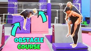 COUPLES OBSTACLE COURSE CHALLENGE AT SUPER TRAMPOLINE PARK!