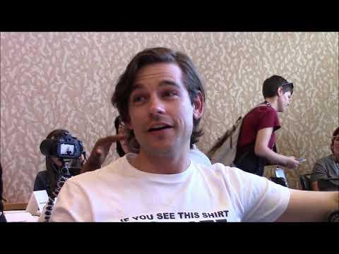 The Magicians Season 4  Jason Ralph  Comic Con