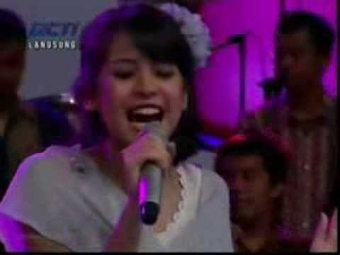 Maudy Ayunda - Tiba Tiba Cinta Datang  (Dahsyat RCTI 14-01-2012 )