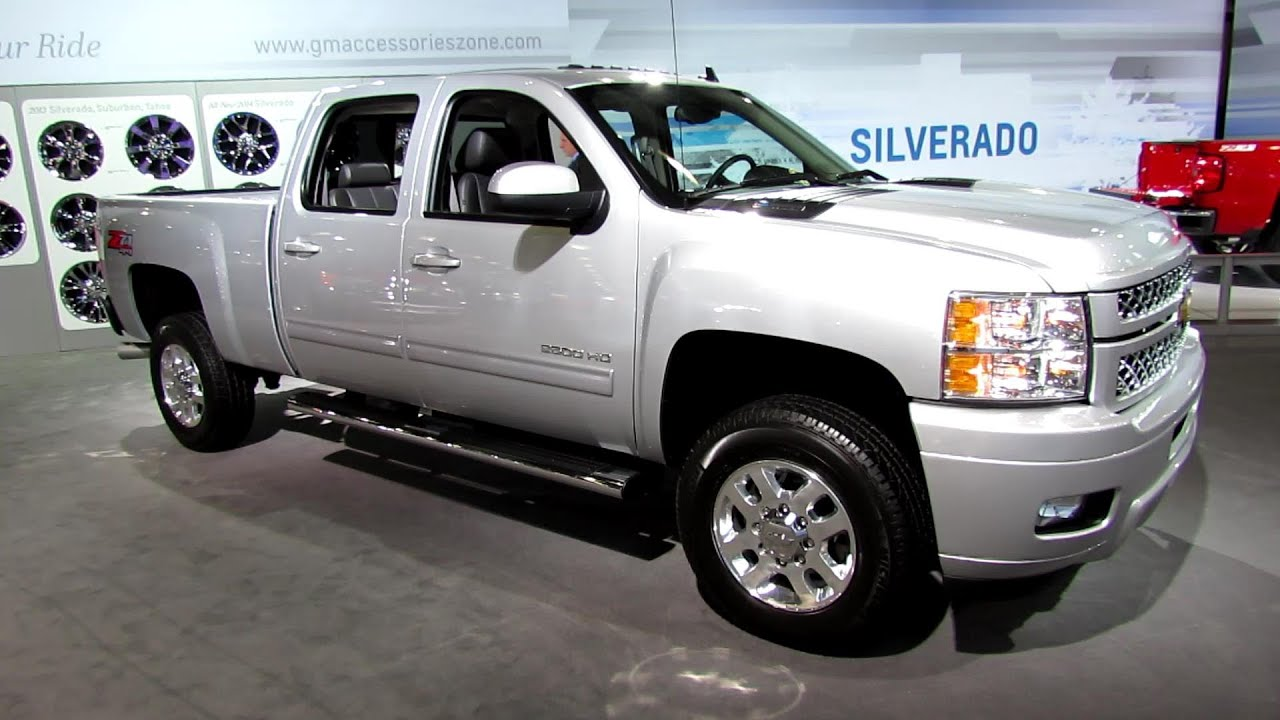 2013 chevrolet silverado ltz z71 4x4 exterior and interior walkaround 2013 new york auto. Black Bedroom Furniture Sets. Home Design Ideas