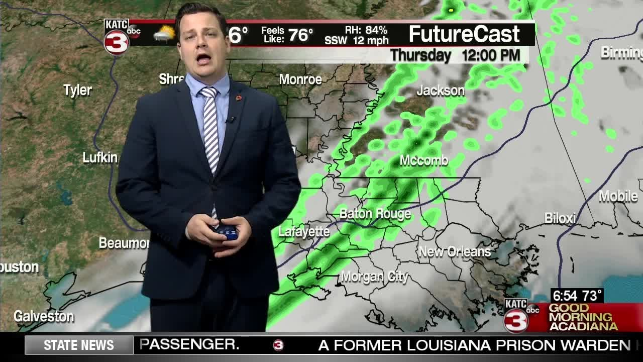 Showers finally moving in Thursday morning